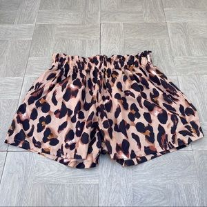 SHEIN paper bag shorts leopard cheetah 1XL elastic